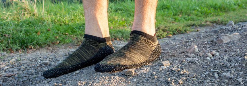 Płaskostopie, obniżenie łuków wysklepiających stopy i Skinners